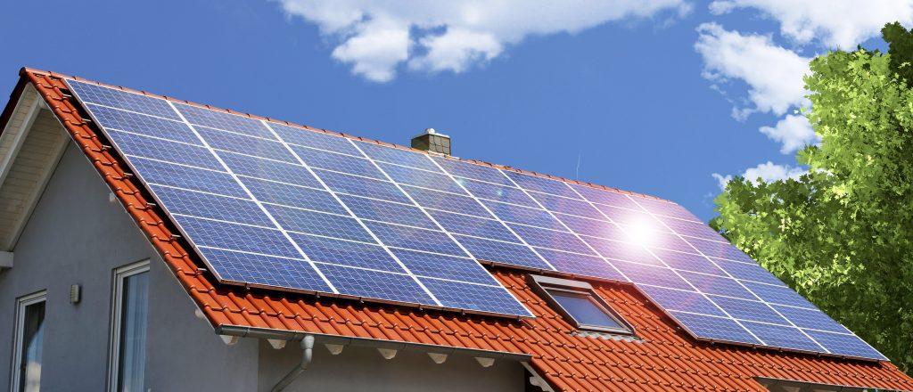 Solceller på villatak